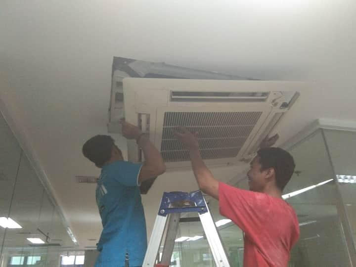 Jasa Service AC Panggilan Depok Murah Bergaransi