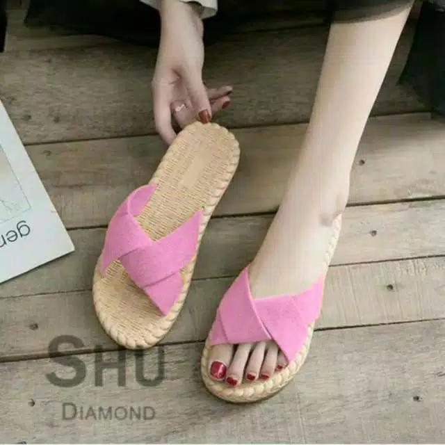 Sedia Sepatu Sandal Wanita Terbaru Harga Promo Special